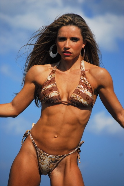 MuscleLove.com - daily fitness inspiration. Live healthy
